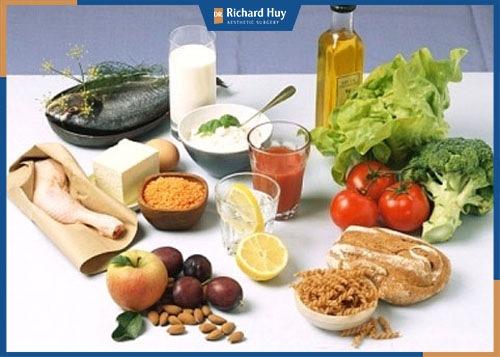Chế độ dinh dưỡng sau nâng mông bằng mỡ tự thân