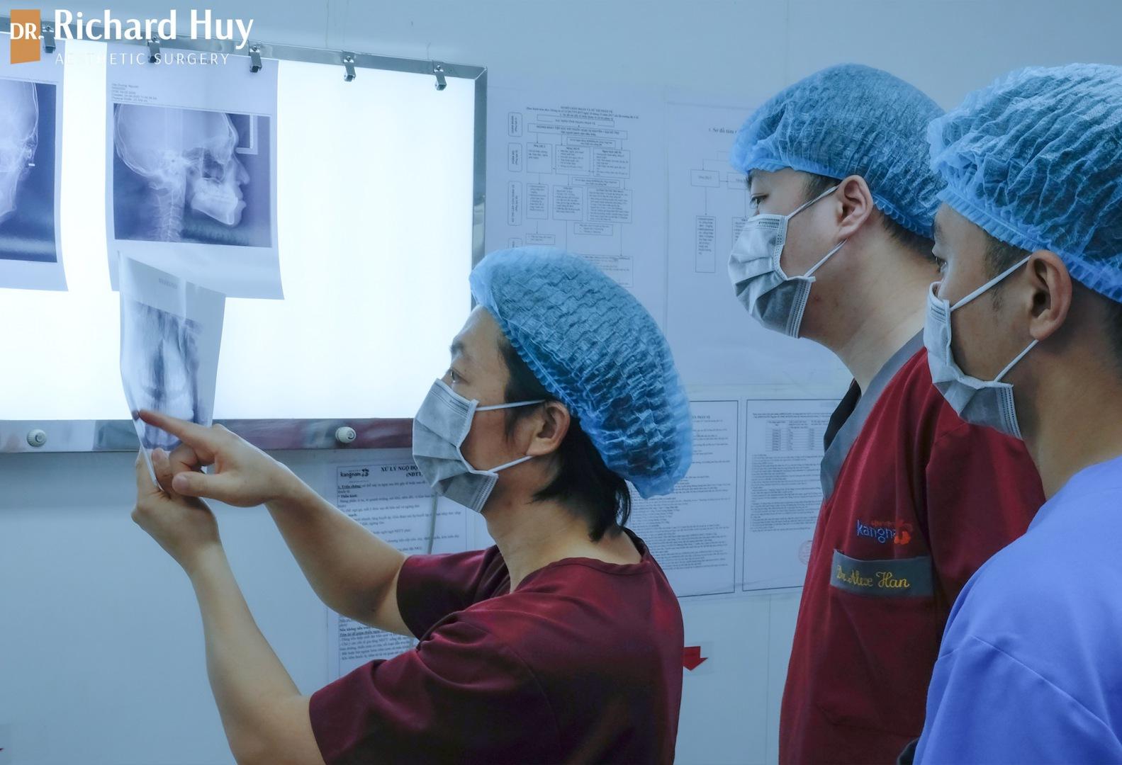 phẫu thuật thẩm mỹ