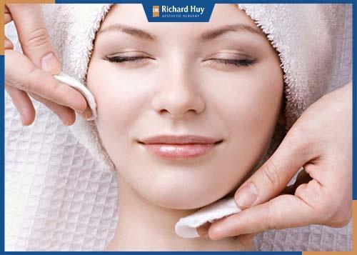 Chăm chỉ chăm sóc da mỗi ngày để có làn da sáng mịn