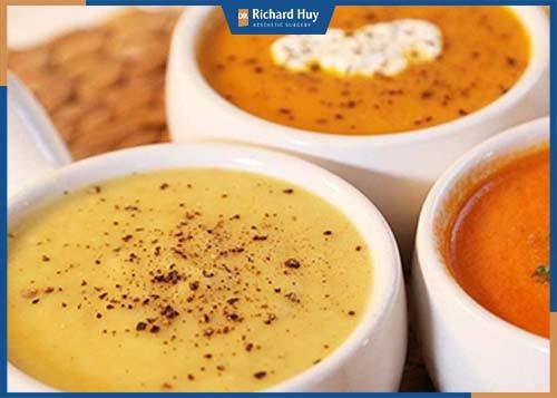 Nên sử dụng những thực phẩm dễ tiêu hóa, hạn chế nhai: Cháo, súp, sữa, đồ xay...,