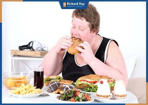 Hạn chế đồ ăn chiên rán, nhiều đường gây tăng mỡ trở lại
