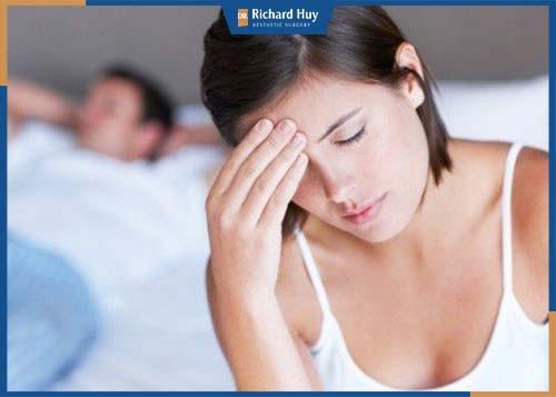 Rối loạn nội tiết tố ở ngực làm hạn chế sự phát triển ngực, nhu cầu tình dục ở phái nữ