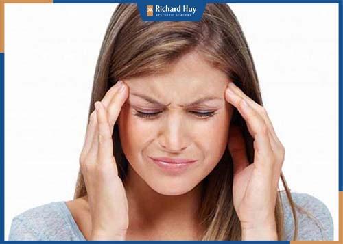 Biểu hiện nhức đầu mỏi cơ sẽ nhanh chóng hết sau 2 đến 3 ngày sau tiêm