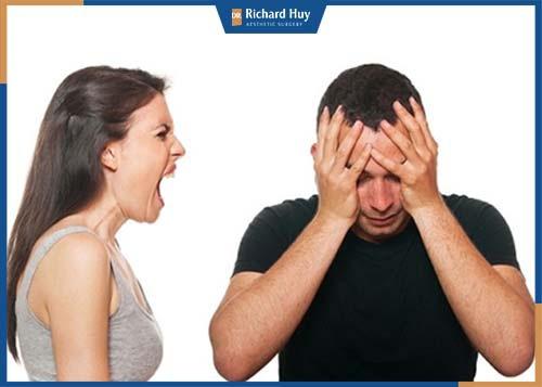 Nữ có gò má cao làm âm dương mất cân bằng nên vợ chồng hay xảy ra cãi vã