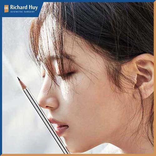 Bae Suzy với gương mặt tựa ánh sương mai