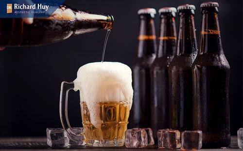 Uống bia và các đồ uống có cồn khiến vết thương lâu lành