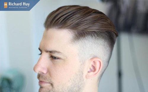 Nam mặt V-Line nên để tóc vuốt ngược