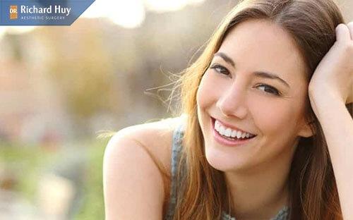 Các cách phòng tránh nếp nhăn miệng khi cười