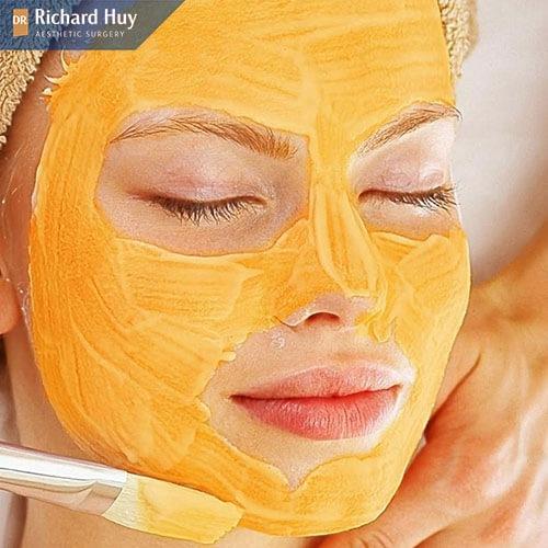 Dùng bí ngô làm mặt nạ để khắc phục da mặt mỏng