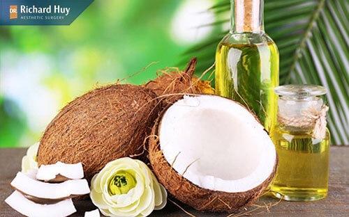 Bí quyết trẻ hóa da với dầu dừa