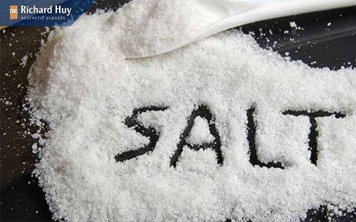 Giảm lương muối trong các móm ăn