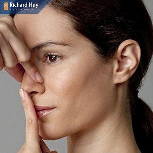 Dùng hơi thở giúp mũi cao