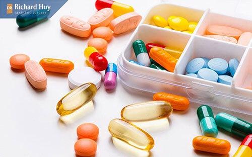 Trước khi tiêm botox ngưng dùng các loại thuốc kháng sinh