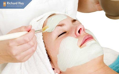 Sử dụng kem dưỡng tái tạo da không cẩn thận gây thích ứng cho da