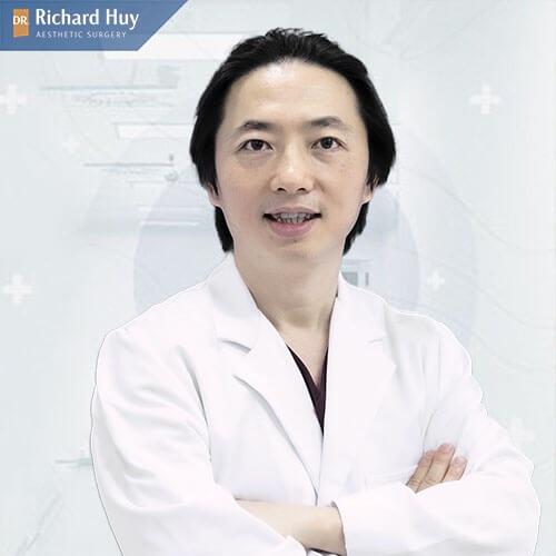nâng mũi an toàn cùng DR Richard Huy