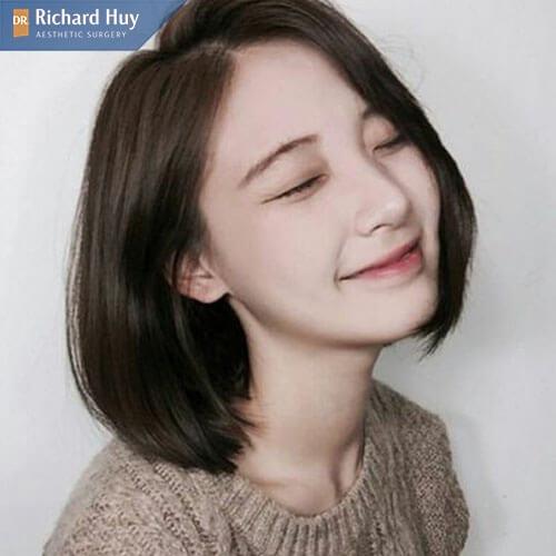 Tóc layer sấy cụphợp với con gái mũi to